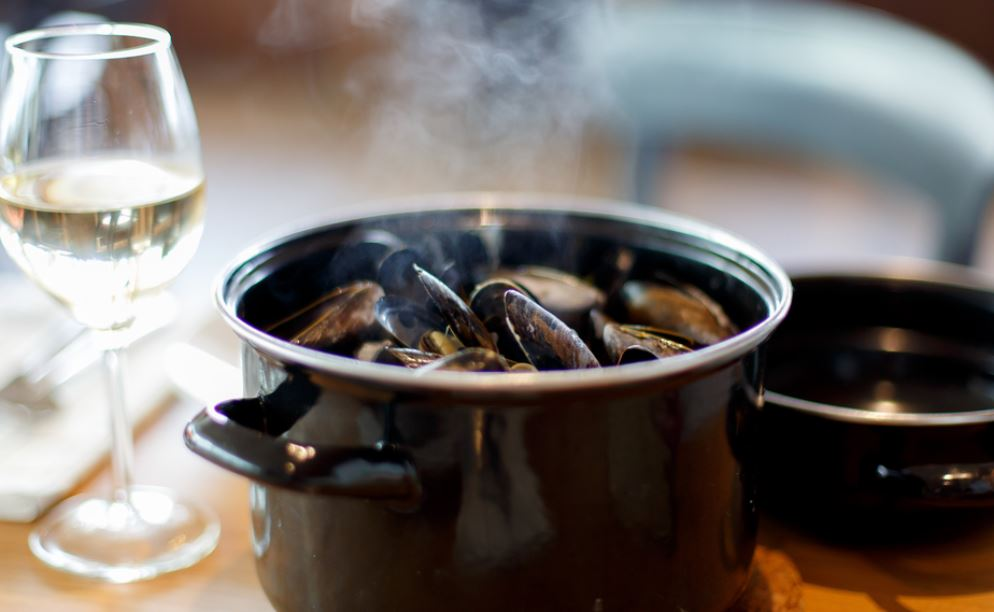 Feeling fancy? Why MUSSELS make a great mid-week meal | MagicMum.com